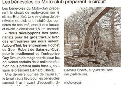 2013 03 28 Ouest France - Les bénévoles préparent le circuit