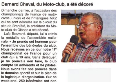 Bernard décoré de la médaille de l'Assemblée Nationale par M Loïc BOUVARD